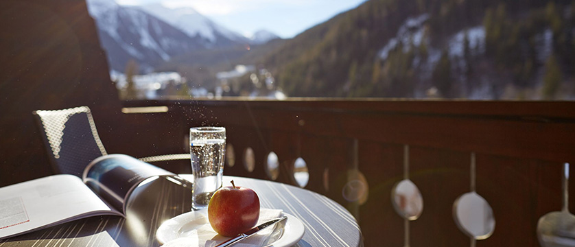 switzerland_klosters_hotel-steinbock_view-from-north-facing-twin.jpg
